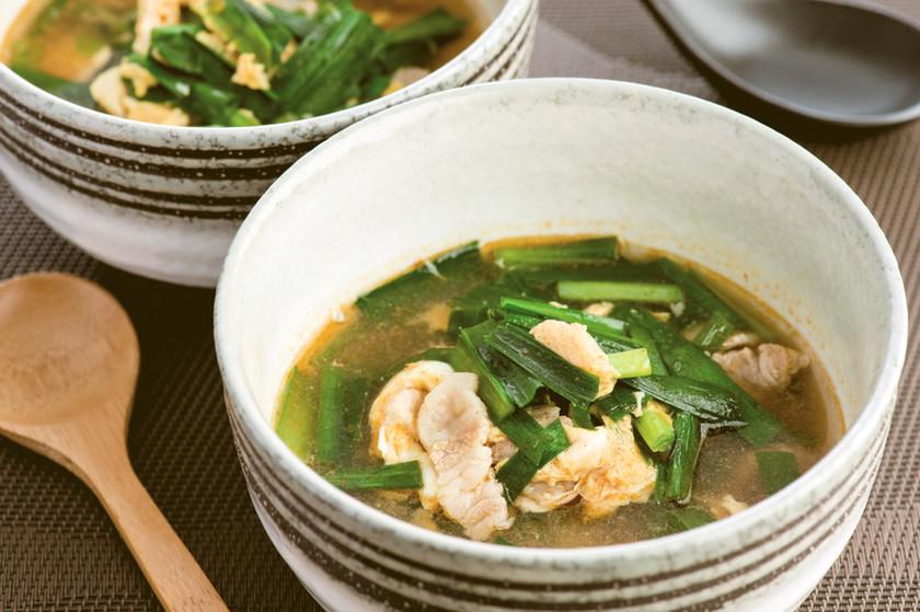 冷凍にらを使ったキムチスープ