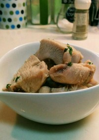 ゆで鶏モモのバジル風味★ノンオイル