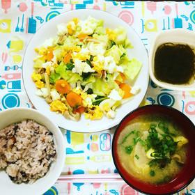 キャベツとしめじの温野菜サラダ