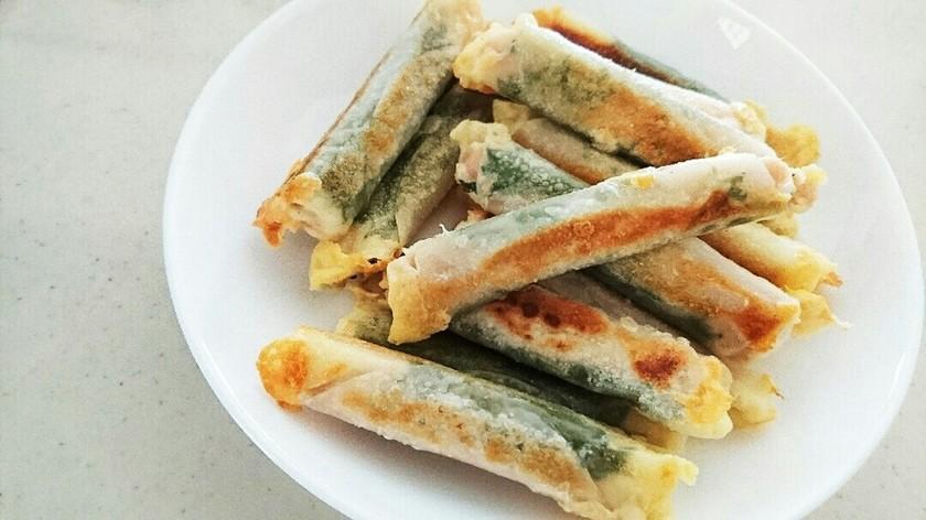餃子の皮de☆チーズの魚肉ソーセージ巻き