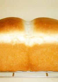 酵母が捏ねる? 楽捏ね食パン その1