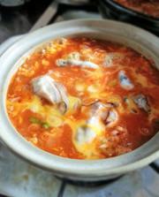 市販のスープで美味しい牡蠣キムチ鍋を作るの写真