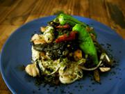 【糖質0麺】野沢菜と豚肉のペペロンチーノの写真