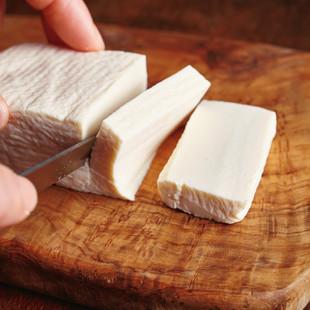 「チーズ」っぽくチェンジ!塩豆腐