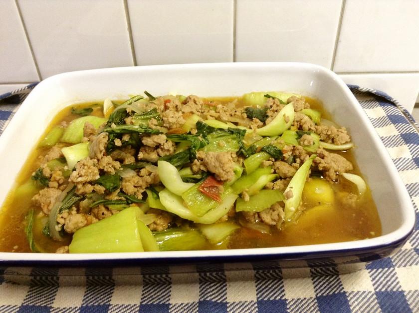 フィリピンの味♡チンゲン菜の炒め物