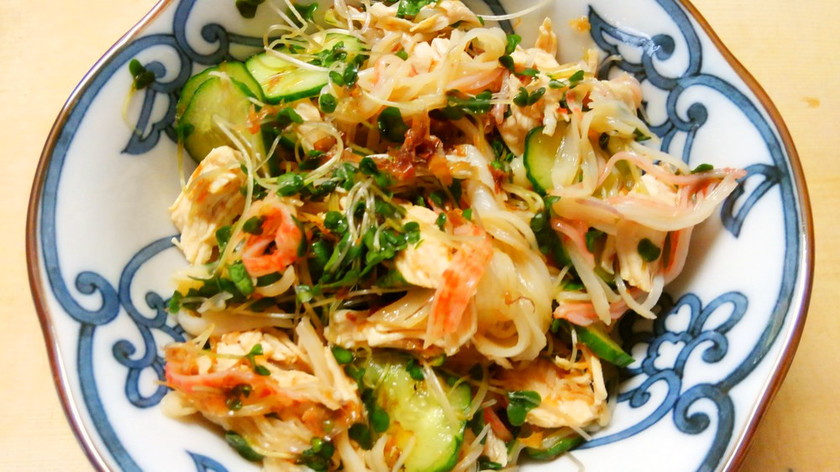 ブロッコリースプラウトと鶏ささみのサラダ