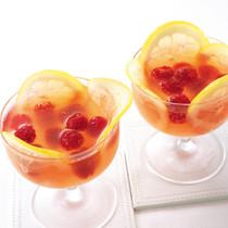 レモンとラズベリーのスパークリングワインゼリー