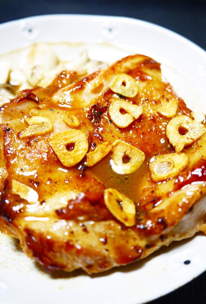 鶏もも肉のガーリックバター醤油ステーキ