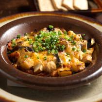 蛸のラグーソースと夏野菜のチーズ焼き