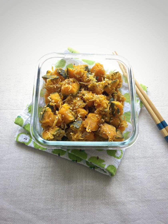 塩蒸しかぼちゃのじゃこ和え常備菜。