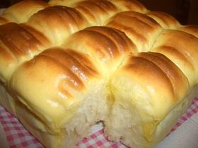 ふんわりちぎりパン*クリームチーズがけ*