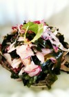 はちみつ梅で海藻と玉ねぎのマリネ風サラダ