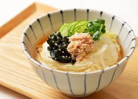 ツナとタマネギのサラダ温麺(う...