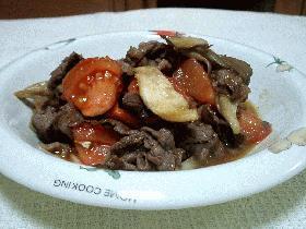 牛肉・舞茸・トマトのポン酢炒め