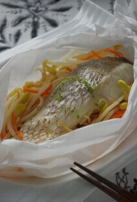 レンジ&めんつゆで!白身魚の紙包み蒸し