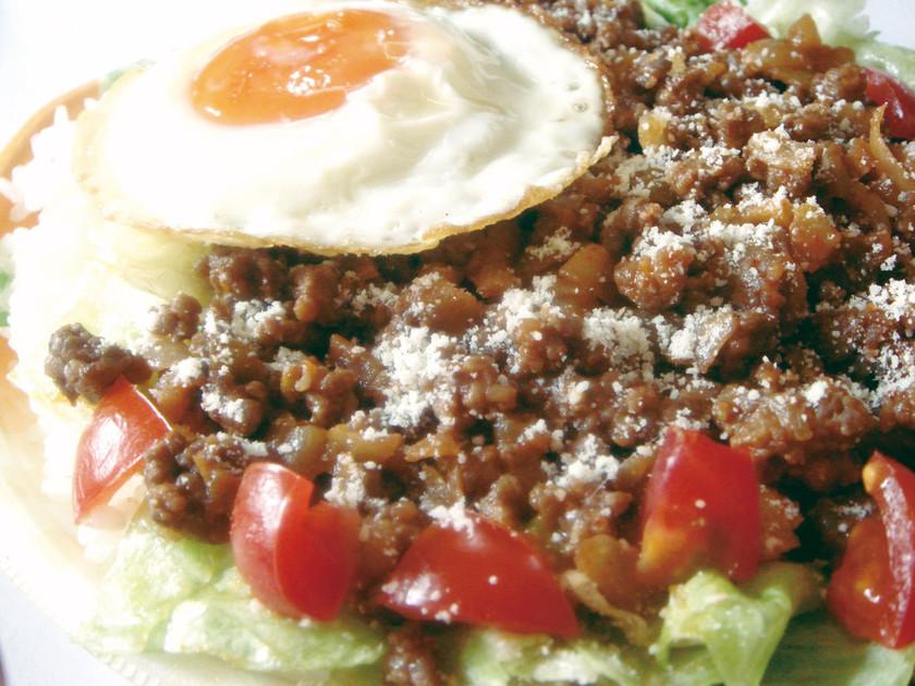 野菜と肉いっぱい沖縄・合挽タコライス
