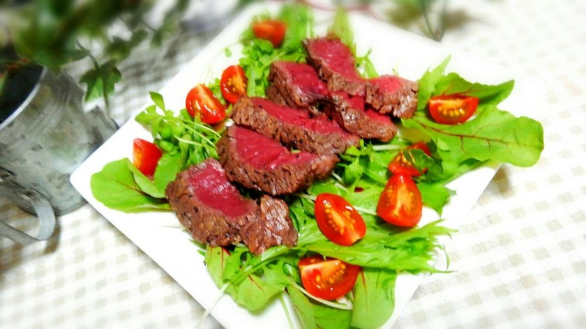 牛ヒレ肉のタリアータ