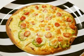 しょうゆ糀マヨのミックスピザ