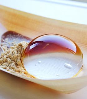 レインドロップケーキ(水信玄餅)