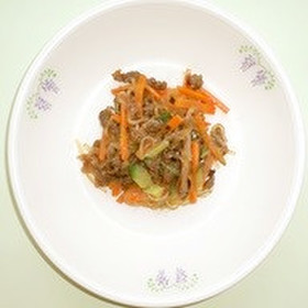 ピリ辛ビーフの春雨サラダ