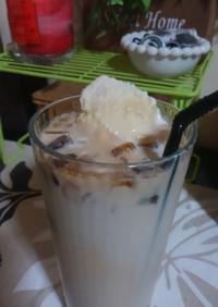 氷カフェオレにアイスのせたら♪