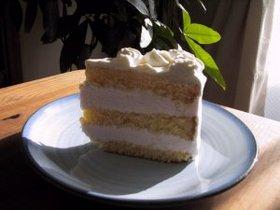 イチゴのババロアのケーキ♪