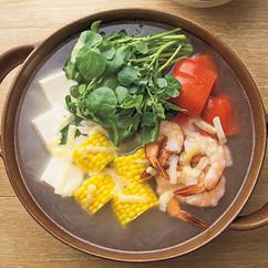 えびと夏野菜のダブルチーズ鍋