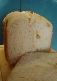 焼き上げまでHBでピーナッツ2色食パン
