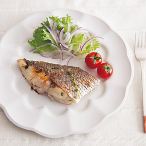 白身魚のハーブ漬け