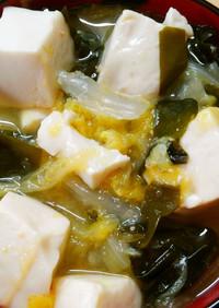 簡単!和食に白菜と豆腐とワカメのお味噌汁