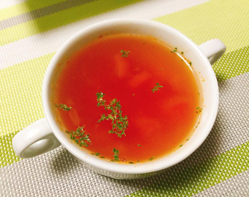 トマトと固形コンソメだけの本格スープ