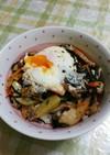 じゃがいもと卵でおいしい豚肉ひじき丼