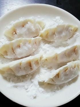 余った餃子を簡単綺麗に冷凍保存する方法♡