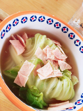 ズボラ キャベツの食べるスープ