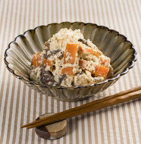 ごまの風味たっぷり!豆腐の白あえ