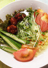 たっぷり野菜とミートボールのヘルシー麺♪