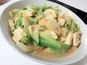 焼豆腐とキャベツのみそバター炒め