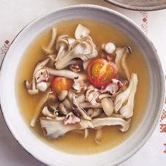 きのこたっぷりたこのスープ