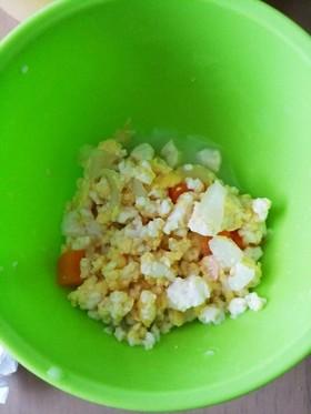 離乳食 豆腐とミルクの卵炒め