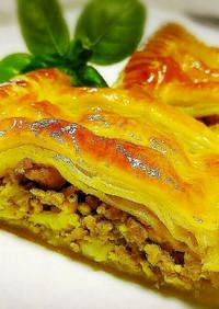 ◆おやつにお酒に♪ピリ辛カレーミートパイ