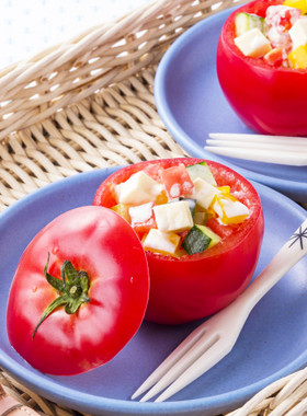 おもてなしに♪トマトカップサラダ
