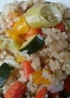 残り物の野菜で彩りパエリア