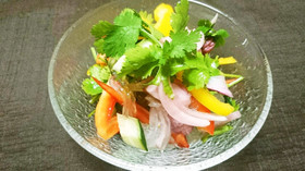 ヤムウンセン風パクチーと春雨のサラダ。