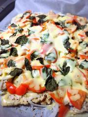 鶏胸の肉ピザ(マルゲリータ風)の写真