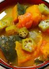 朝食♪かぼちゃとトマト オクラのお味噌汁