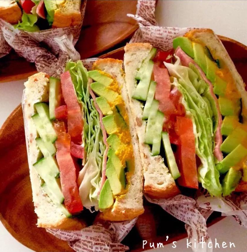 贅沢ボリュームサンドイッチ♡