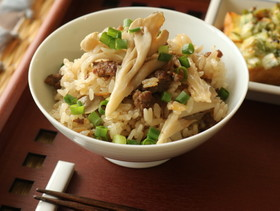 牛ひき肉と舞茸の炊き込みご飯☆