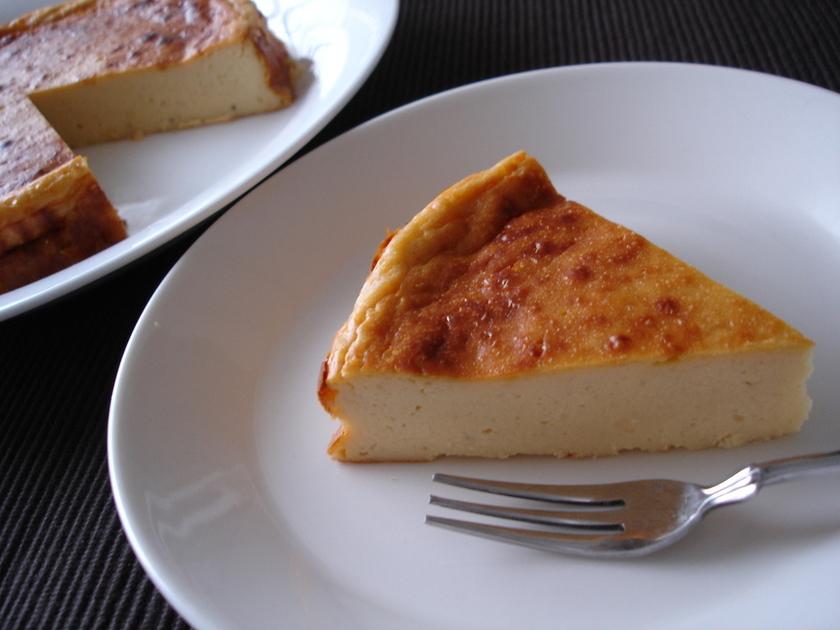 ミキサーで混ぜるだけバナナのチーズケーキ