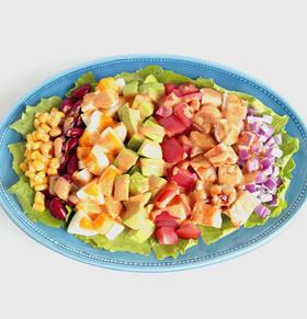 アボカドとチキンのカラフルコブサラダ