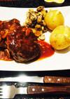 肉肉しいジューシーハンバーグ